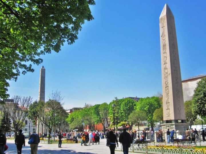 hippodrome-square-tour-ke-hippodrome-square-turki-simbol-kemenangan-konstantinopel