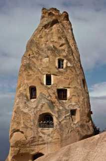 istana-batu-uchisar-cappadocia-tour-ke-istana-batu-uchisar-cappadocia-turki