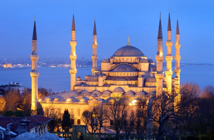 masjid-biru-wisata-tour-ke-masjid-biru-blue-mosque-turki-eropa