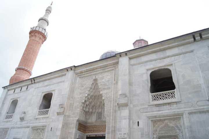 masjid-hijau-atau-green-mosque-wisata-tour-ke-masjid-hijau-atau-green-mosque-turki