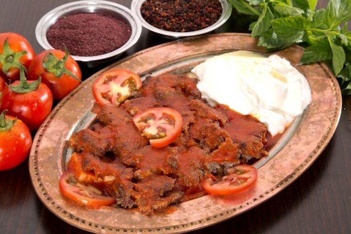 menikmati iskender kebab wisata tour ke bursa turki