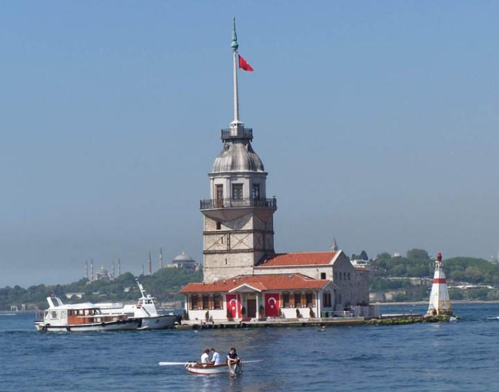 menikmati maiden tower paket wisata menikmati maiden tower turki
