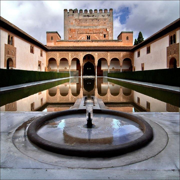 paket tour ke eropa wisata ke eropa mengunjungi istana alhambra granada andalusia spanyol 4