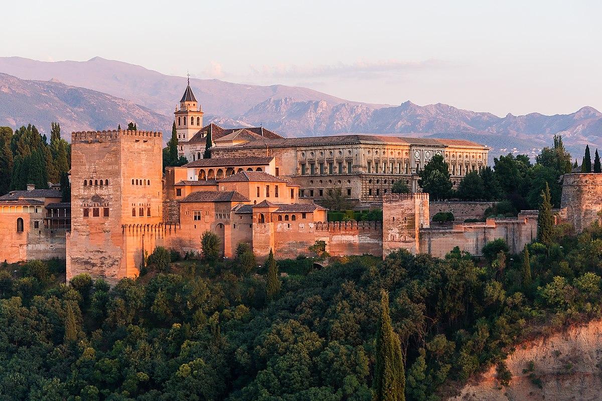 Hasil gambar untuk Istana Alhambra