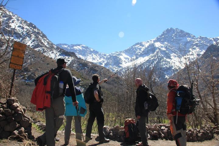 tour ke maroko gunung tubal pegunungan atlas